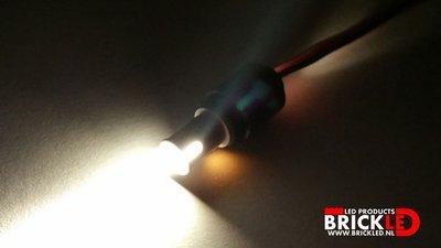 BrickLED Starter set Technic lampje - Wit Warm + AA Batterij Blok - Verlichting voor LEGO